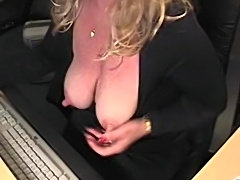 Super sexy mature with fantastic nips and clit - linda might