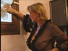 Simone anal  free
