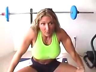 Buffed Babe Autumn Raby Buffed Babe Autumn Raby fbb muscle woman bodybuilder...