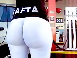 Perfect juicy ass pumpin gas