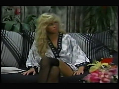 Retro - Danielle Rogers