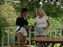 Classic tits