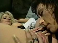 NIKKI SINN lesbian scene