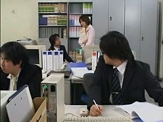 Office hankpanky