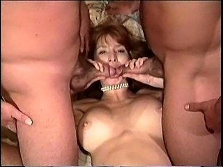 Mature milf wants pussy stretched by two dongs