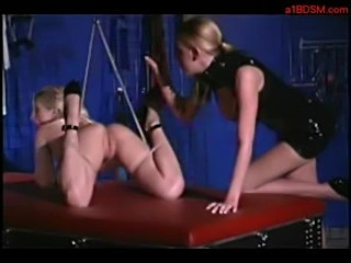 Slave girl licking mistress pussy whos sitting to her face o free