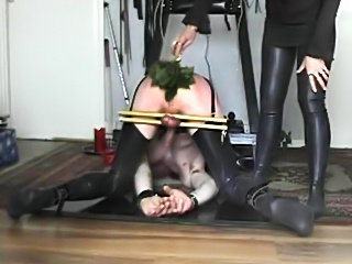 Slave femdomized by Mistress S