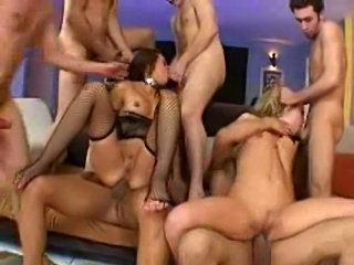 Super freaks gangbang - harmony and crissy cums  free
