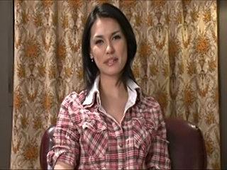 Asian amateur gal.