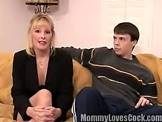 Office Mature bitch loves young cock