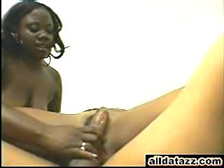 2 Black babes one's a bbw fuckin Delvin Weed