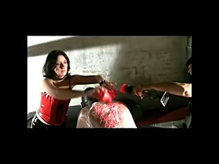 Mistress claudiacuir play with her slave gwen and wax