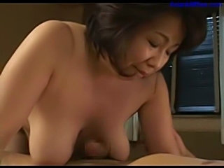 Busty fat milf giving blowjob for guy rubbing cock with tits free