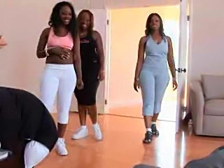 Three black booty sluts come into the gym