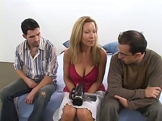 Hot milf Kimmie Morr does oral and anal sex