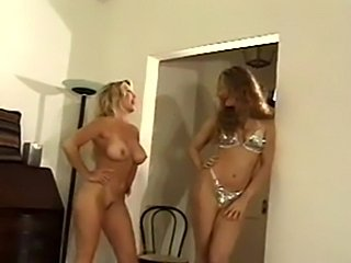 Who's the better woman-venus delight vs.star chandler  free