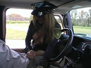 Hot Rio Wife busted