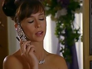 Jennifer Love Hewitt Gets Licked