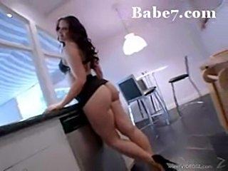 Babe7-big-booty-m  free