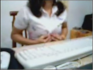 Indian woman in office cam - xHamster.com