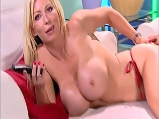 Sexy busty blonde phonesex  free