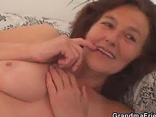 http://thumbs.free-matures.com/tubegogo.com/7/f/36/36a8265a.jpg