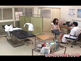 obstetrics and gynecology doctor fucked his milf patient 09