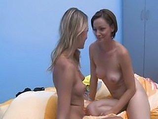 Very hot lesbians