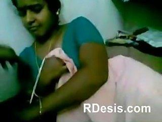 Indian chennai maid exposing