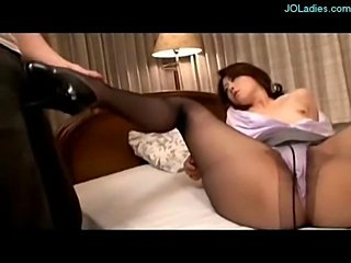 Office Lady Hole On Pantyhose Giving Blowjob Fucked On The Bed In The Room