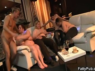 Sexy plump chick is pounded on the couch