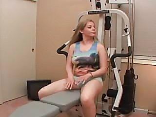 Hot workout in home gym  FM14 - xHamster.com