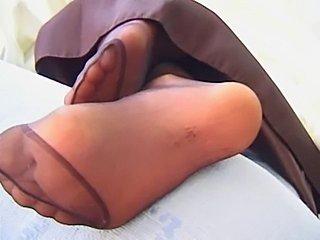 Nylon Feets 34