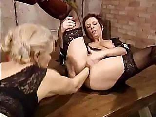 немки лесбиянки видео