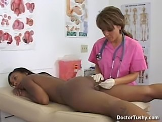 doctor anal exam