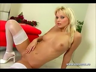 Show from blonde girl  free