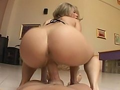 Lindsey Meadows riding cock