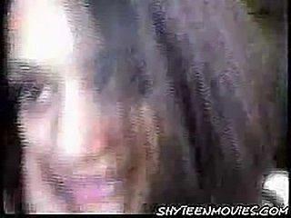 Shy Indian Teen Pleases Her Boyfriend