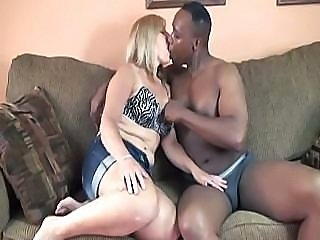 Chubby middle-aged female feels happy about being fucked by ebony cum-stick
