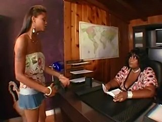 One on One:lesbian action(BBW&TEEN)