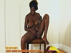 Voluptuous ebony babe fingers and squirts  free