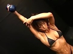 asian bodybuilder poses and gets fucked