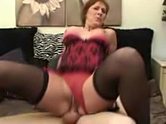 British MILF gets a good shag.