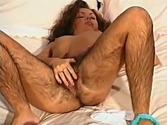 Hirsute Sandra full movie - xHamster.com