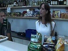 Amateur Shop Assistant DP