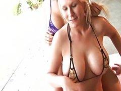Horny lezzies fucking outdoor