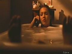 Sexy Jessica Alba in a bathtub scene naked