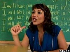 I like those kindda teacher taht are HOT and horny.