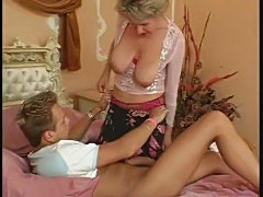 Old Mom for Young Guy 3-5 ...F70