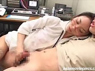 dude teased by his news team leader